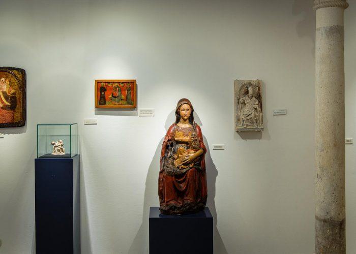 Samostanska zbirka